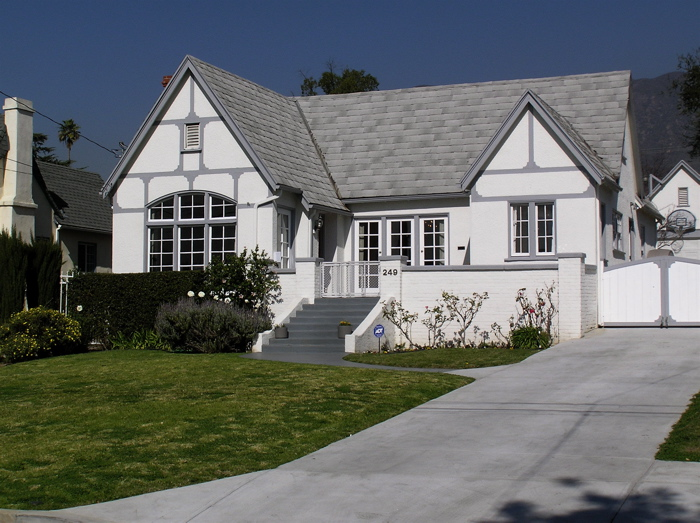 Learn About the History of Altadena's Janes Village